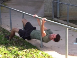 Bodyweight workout twizzler